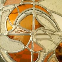 Pauline Le Goïc, Ôsage (détail), おさげ, portes shoji avec verre bombé et incrusté de dentelles de cheveux, et papier washi incrusté de graines et cheveux