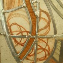 Pauline Le Goïc, Ôsage (détail), おさげ, portes shoji avec verre bombé incrusté de dentelle de cheveux, et papier washi incrusté de graines, cendres et cheveux