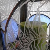 Pauline Le Goïc, Armorique Vitrail, Lanterne Nautilus en vitrail (verres colorés et gravés) et papier washi